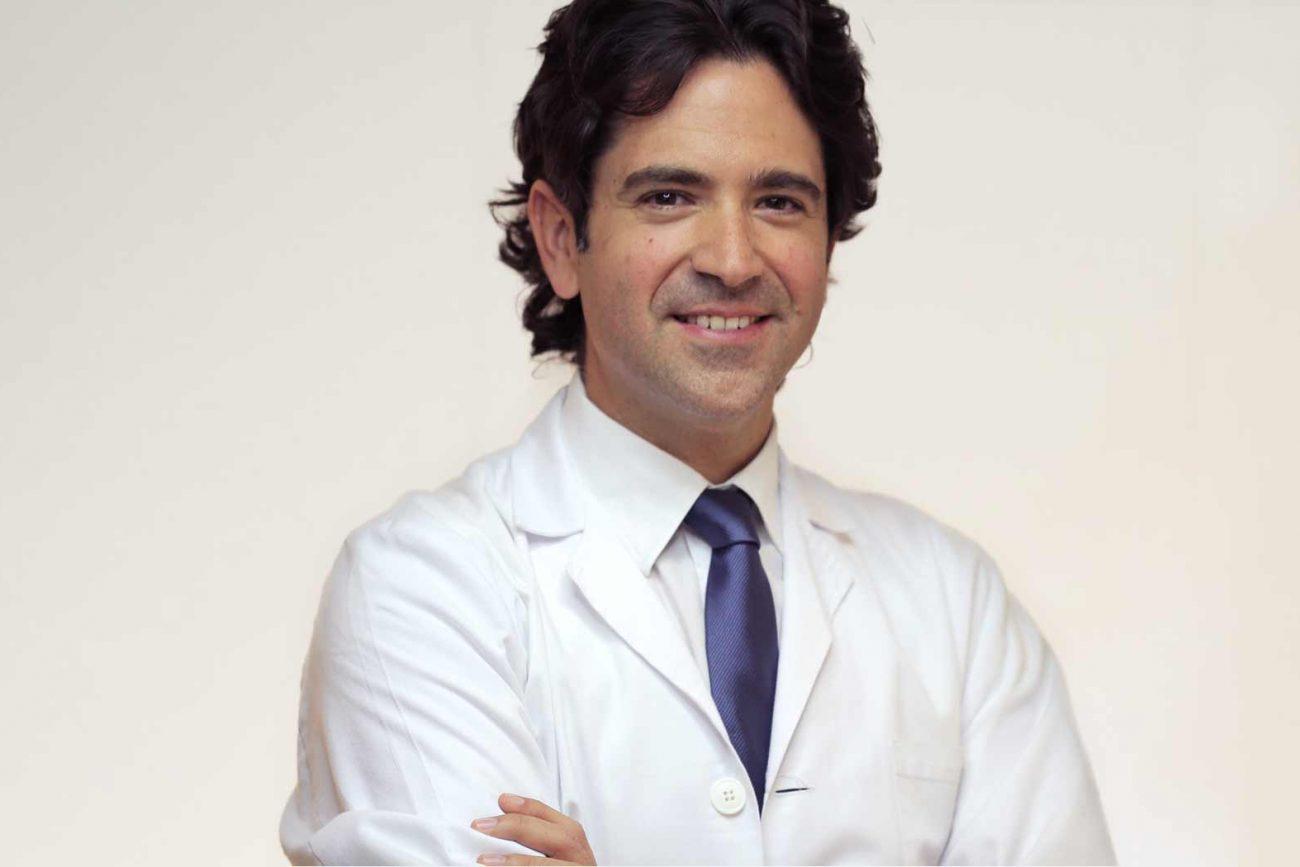 Dr. Marco Sales_Oculoplastia galicia, Coruña, Lugo